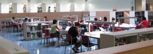 Panorámica de la Biblioteca Tomás Navarro Tomás. Sala de lectura